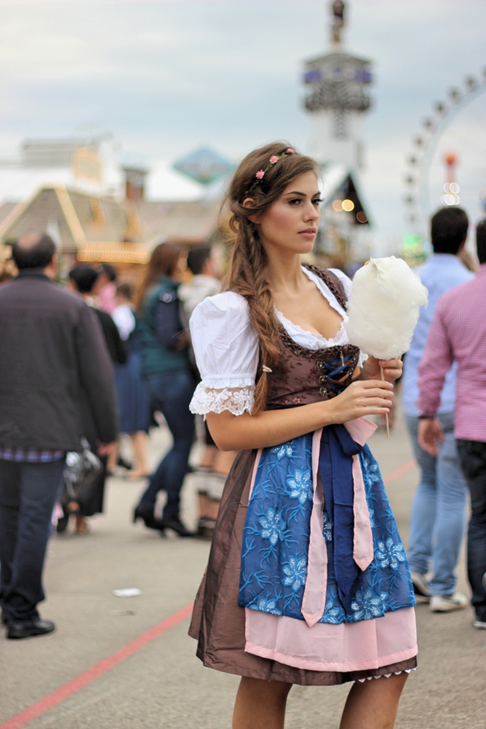 oktoberfest-dirndl-fashion