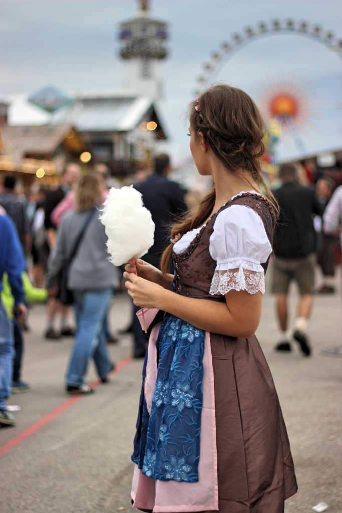 wiesn-munich-fashion-dirndl