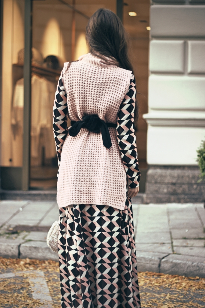 dress-outfit-look-streetstyle-germany-munich-details
